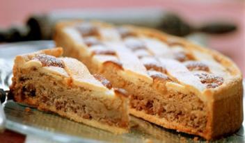 Неаполитанская пастьера (Pastiera napoletana) - итальянский пасхальный пирог с рикоттой