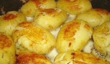 Необычная закуска из замороженного картофеля