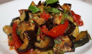 Очень вкусные запеченные овощи в маринаде