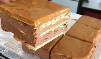 Очень вкусный и необычный шоколадный торт (без выпечки)