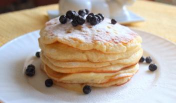 Оладьи на основе йогурта - вкуснейший завтрак!