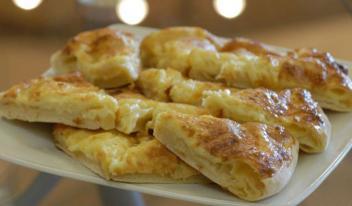 Оригинальный рецепт приготовления быстрого хачапури