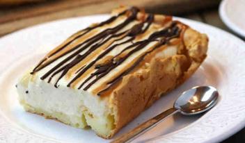Пирог «Ленивый эклер»: вкусно и просто