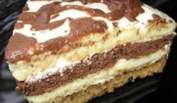 Простой рецепт: быстрый и вкусный сметанный торт