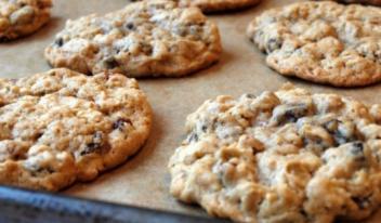 Простой рецепт диетического овсяного печенья