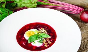 Простой рецепт: самый вкусный суп из свеклы