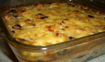Простой рецепт: жульен с курицей и грибами в духовке
