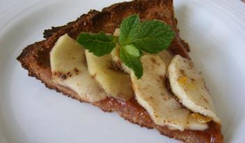 Рецепт постного пирога с яблоками и финиками