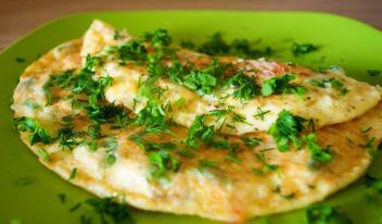 Рецепт ресторанного омлета по-кузбасски
