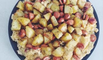 Сытный омлет с сосисками и картошкой