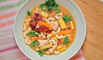 Сытный суп с индейкой и макаронами - невероятно вкусно!