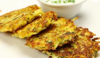 Вкусные деруны из картофеля и творога