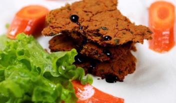 Вкусный рецепт постной лепешки из морковки