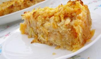 Диетический пирог без пшеничной муки с яблоками