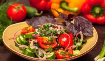 Грузинский салат - лучшие закуски колоритной кавказской кухни!