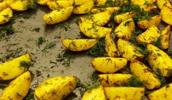 Как приготовить картошку в духовке чтобы все гости были в восторге!