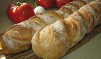 Как приготовить настоящий французский багет в домашних условиях