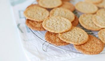 Как приготовить хрустящее овсяное печенье: пошаговый рецепт