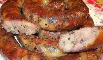 Куриная колбаса домашняя, невероятно вкусная, быстрого приготовления!