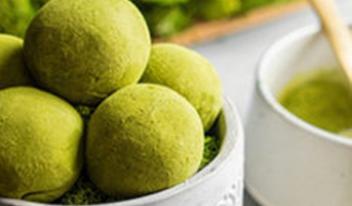 Необычные лимонные шарики с чаем матча