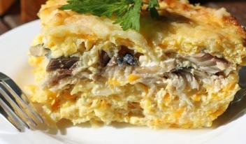 Запеканка со скумбрией, кабачками и сыром: пошаговый рецепт