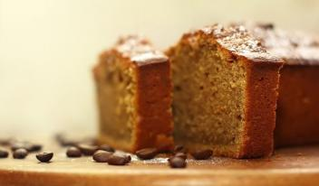 Сладкий кофейный пирог в мультиварке