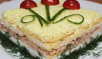Слоеный салат с крекером: пошаговый рецепт