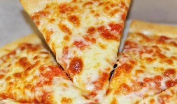 Тесто для пиццы за 10 минут: лучший рецепт!