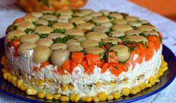 Торт-салат с курицей и грибами пошаговый рецепт