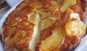 Творожно-яблочный пирог на сметане пошаговый рецепт