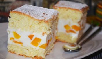 Творожный торт с персиками