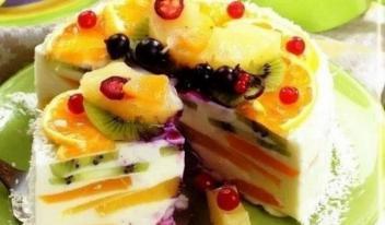 Творожный торт «Волшебный» с фруктами