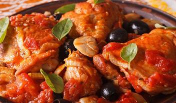 Вкусная курица на сковороде по-итальянски «Каччиаторе»