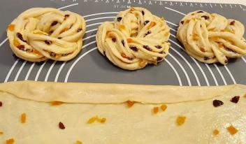 Как приготовить вкусные булочки