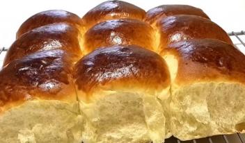 Простой рецепт сдобных булочек