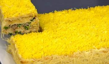 Закусочный рыбный тортик с крекером